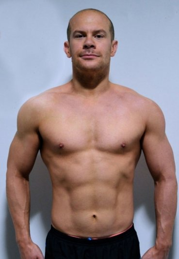 JAMES-SHERRY-THE-MIRROR-PRESS-EMBODY-FITNESS-TRANSFORMATION+2
